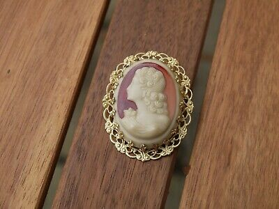 Superb Attractive Vintage Gold Plated ? Detailed Lady Cameo Shell Brooch    • 9.99£