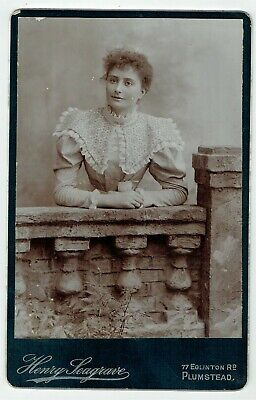 Victorian Cabinet Photo Young Woman Plumstead London Photographer • 3.50£