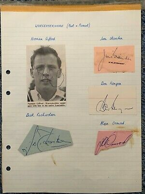 £19.99 • Buy ***autographed*** Paper Signed By Gifford, Richardson, Standen, Kenyon & Ormrod