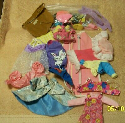 $ CDN5.14 • Buy Vintage Lot Of Barbie Doll Clothes & Accessories