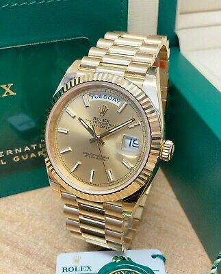 £31995 • Buy Rolex Day Date 40mm 228235 Yellow Gold Champagne Dial 2021 UNWORN