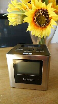£8 • Buy TECHNIKA Dab & Fm Clock Radio Cube With Ipod IPhone Connection Charger CR211-SC