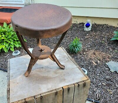 $50 • Buy Antique Amish Country Steel Riveted Three Leg Milking Cow Stool With  Star