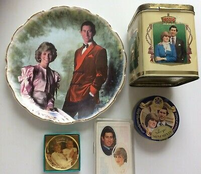 £10 • Buy Vintage HRH Charles & Diana Memorabilia - Playing Cards, Caddy, Tins, Plates 80s