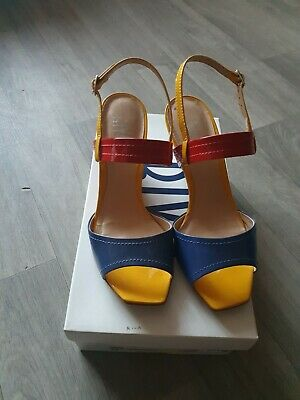 £3 • Buy Ladies Riva Shoes Size 5