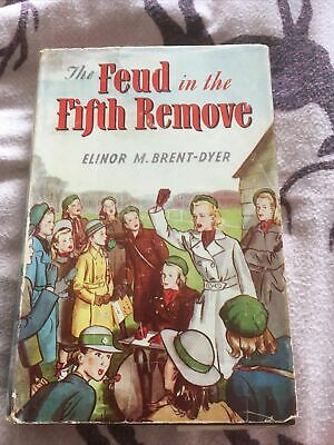 £10 • Buy ELINOR M. BRENT-DYER The Feud In The Fifth Remove - 1952 In D/w