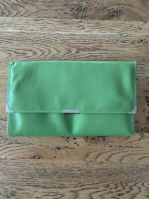 AU2 • Buy Leather Travel Wallet - Green