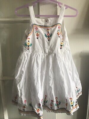 £0.99 • Buy White Embroidered Dress - 12/18 Months