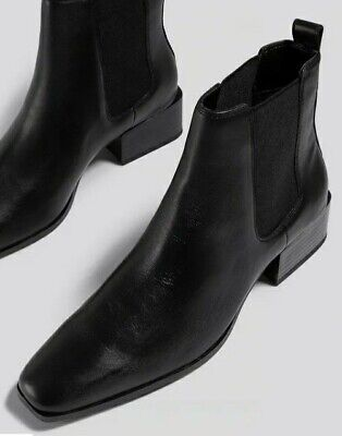 £7 • Buy Black Leather Chelsea Boots Size 37