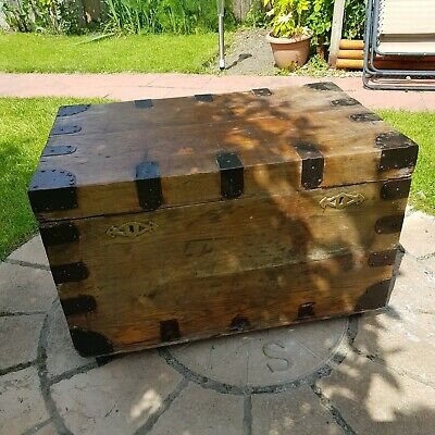 £20 • Buy Large Wooden Chest Trunk
