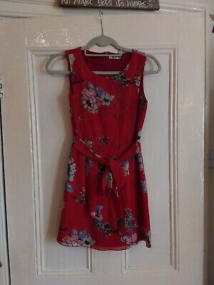 £5 • Buy Wal G Floral Dress Size 8