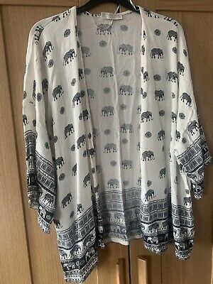 AU9.22 • Buy Pull And Bear Size Medium Over Shirt Great Condition