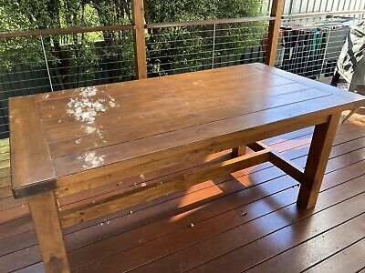 AU20 • Buy 6 Seater Dining Table In Good Condition