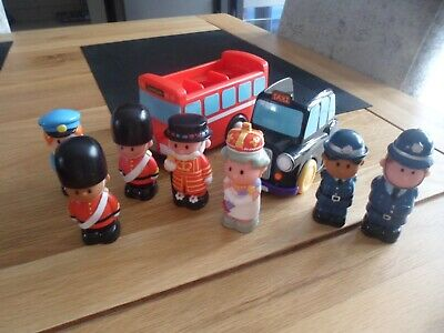 £7 • Buy Elc Happyland London Bus, Black Taxi And & 7 Figures