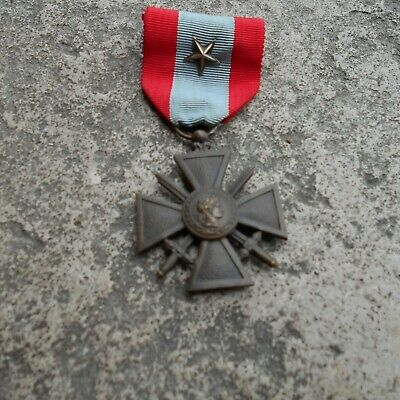 £19 • Buy Ww1 Or Later Original French Croix De Guerre Medal