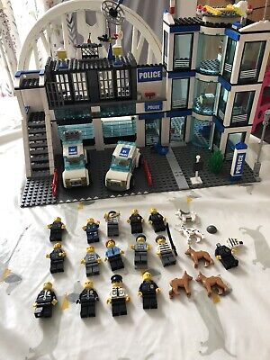 £34.99 • Buy Lego Police Station 7498 (Incomplete)
