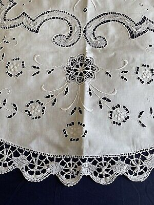 £5.19 • Buy Vintage Circular Hand Embroidered White Bobbin Lace Edged Irish Linen Tablecloth