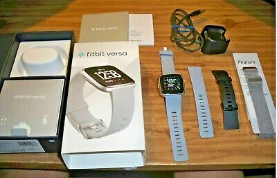 $ CDN94.40 • Buy FITBIT VERSA SMARTWATCH #FB504SRGY ACTIVITY TRACKER W/EXTRA STAINLESS STEEL BAND