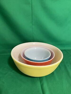 $10 • Buy Set Of 3 Vintage PYREX Primary Colors Nesting Mixing Bowls #401,402, 404 U