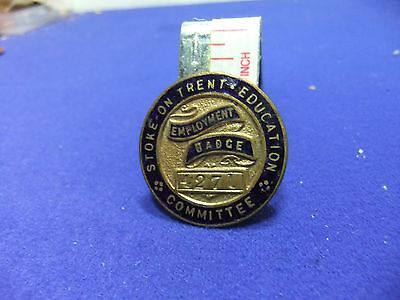 £36 • Buy Ww2 Badge Employment 4271 Stoke Trent Education Committee Home Front War