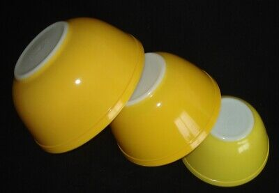 $0.97 • Buy PYREX - 3 Pc. DAISY & PRIMARY Reverse YELLOW Mixing / Nesting BOWLS