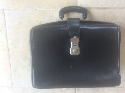 $41.70 • Buy Vintage Black Leather Doctors Lawyers Briefcase Classic Bag Cheney Lock Expands