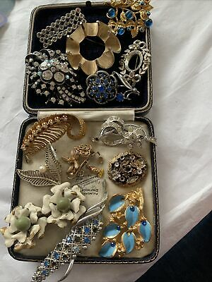 $ CDN17.29 • Buy Collection Job Lot Of Vintage 1950s/60s/70s Brooches For Spares Repairs