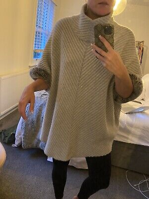 £400 • Buy N Peal Cashmere Poncho