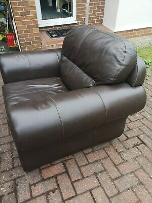 £240 • Buy 3 Piece Leather Suite Used
