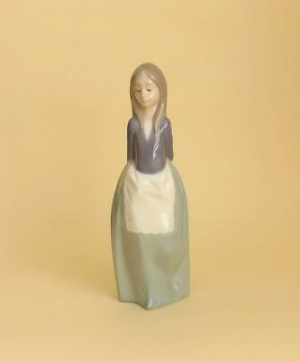 £0.99 • Buy A Exquisite Lladro Nao Porcelain Figurine Of Young Girl.