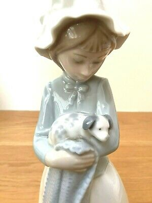 £12.99 • Buy Nao By Lladro Girl With Dog And Blanket Porcelain Figurine