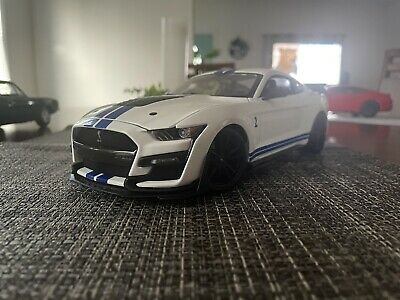 $20 • Buy Maisto 1/18 Ford Mustang Shelby GT500 Diecast Vehicle - 31452bl