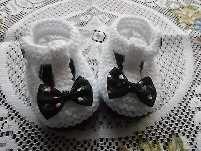 £1.99 • Buy Hand Knitted  Baby Shoes / Booties 0-3 Months