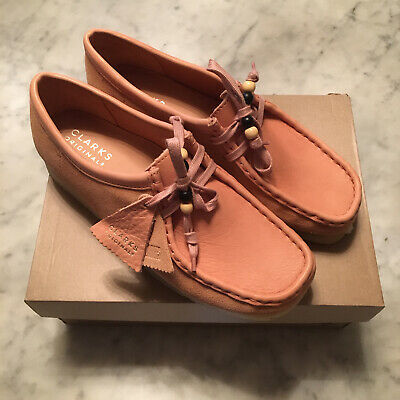 £90 • Buy Clarks Originals Wallabee UK 8 Pink Suede/Leather STUNNING SHOES - Wallabees