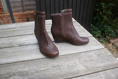 £17.99 • Buy Clarks Handcrafted Boots, Wedge Heel, Brown Leather Ankle Boots, Size UK 5.5
