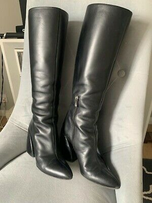 £125 • Buy Chloe Boots - Black Leather 39