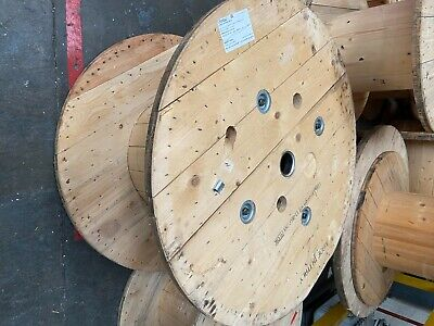 £15 • Buy Wooden Cable Drum's In Good Condition, Used Once