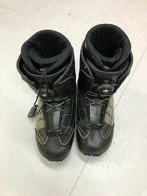 £30 • Buy Snowboard Boots - Size 7