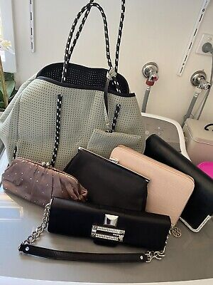 AU20 • Buy Bundle Of Hand Bags Clutches Like New Condition Guess , Forever New, Giovanna