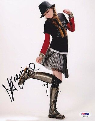 $ CDN60.46 • Buy Madeline Carroll SIGNED 8x10 Photo Mr. Poppers Penguins PSA/DNA AUTOGRAPHED