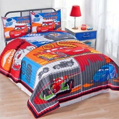 Disney Cars 2 Twin Quilt - Shams Are Not Included • 100£