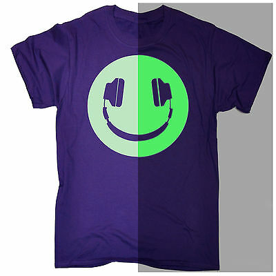 Funny Men's T-shirt Glow In The Dark Headphone Smiling Music Rave Dj Birthday • 9.73£