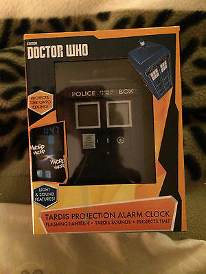Doctor Who Official  Tardis  Projection Alarm Clock • 45£