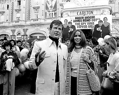 $ CDN9.65 • Buy Roger Moore Barbara Bach In Cannes  The Spy Who Loved Me  - 8x10 Photo (zy-892)