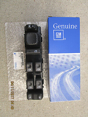 $317.69 • Buy 03 - 06 Chevy Silverado 4d Crew Cab Front Driver Master Power Window Switch New