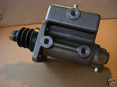 $90 • Buy 2.5 Ton M35a2 New Master Cylinder M35 7539267