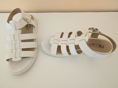 £7 • Buy White Caged Sandals Size 5