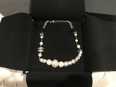 £920.38 • Buy CHANEL PEARL LOGO CHAIN NECKLACE Authentic