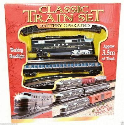 Classic Battery Operated Train Set With Tracks Light Engine Children Kids Toy • 13.83£