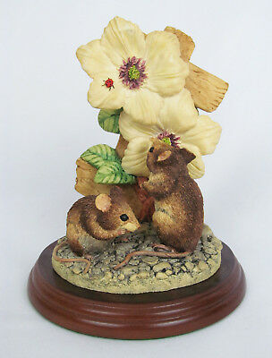 Border Fine Arts 1997 Garden Guests Mice & Ladybug Sculpture Mouse Figurine  • 36.67£